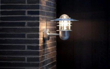Agger Lampa zewnętrzna – Styl nowoczesny – kolor srebrny