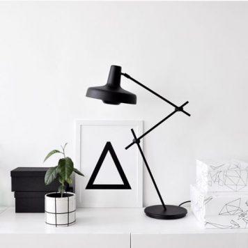 Arigato Lampa stołowa