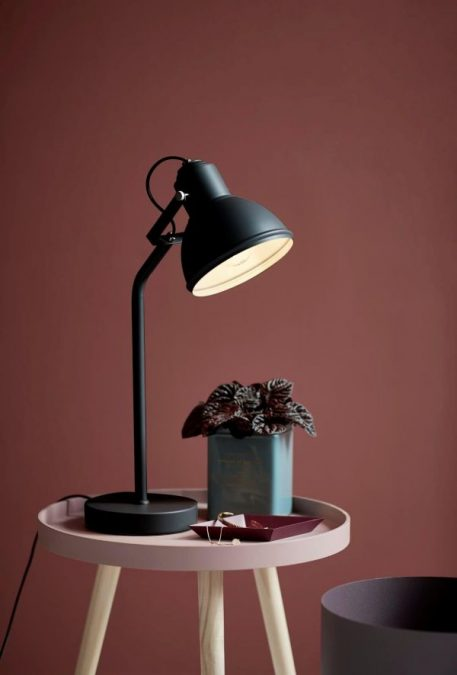 Aslak Lampa stołowa – Biurkowe – kolor Czarny
