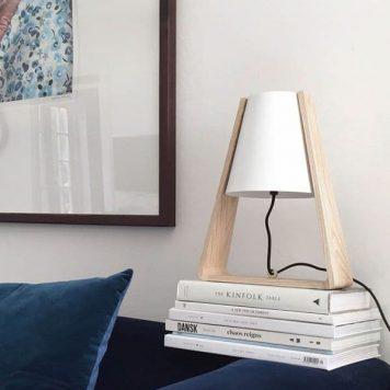 Bend Lampa stołowa