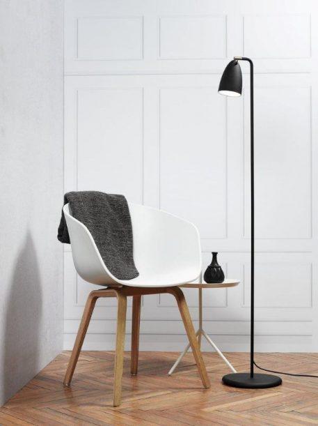 Lampa podłogowa Nexus  do sypialni