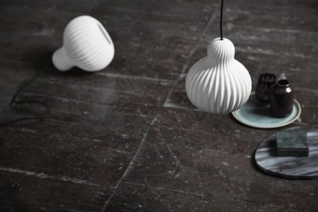 Lampa wisząca - biała ceramika - Frandsen Lighting