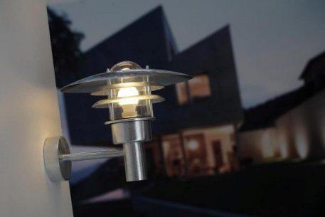 Lonstrup 22 Lampa zewnętrzna – Styl nowoczesny – kolor srebrny