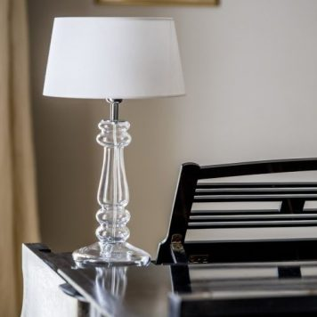 Petit Trianon Lampa modern classic – Styl modern classic – kolor biały, transparentny